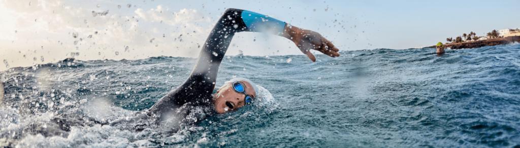 nadadora_mar_triatlón