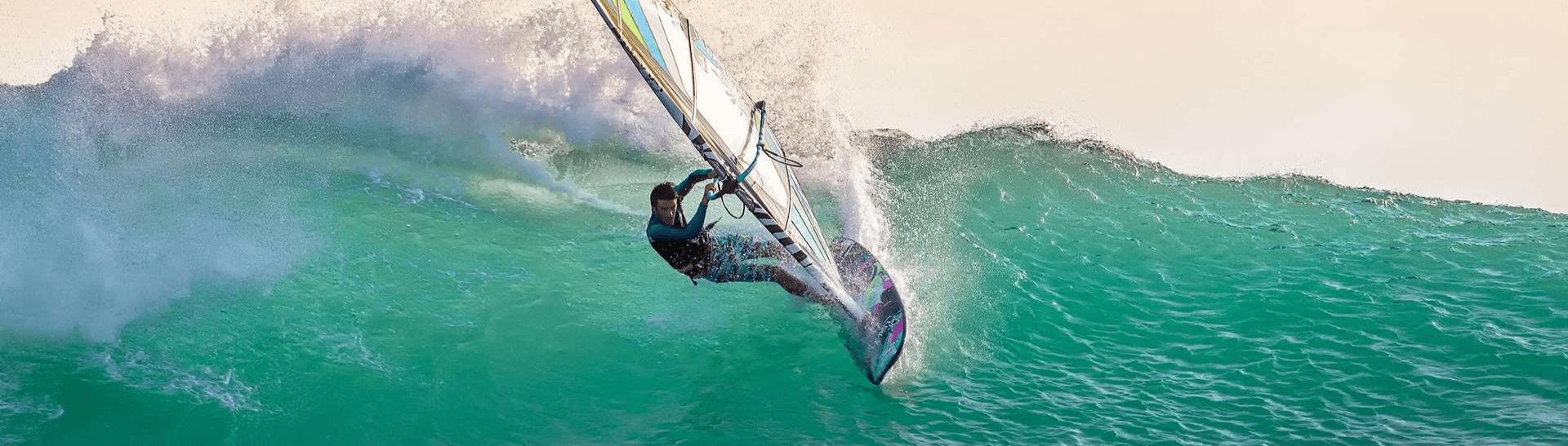 deportista-windsurf