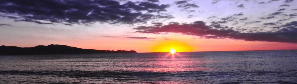 playa-sant-pere-pescador-girona-cataluña